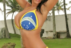 tetona-brasilena-desnuda-rio-2016-01